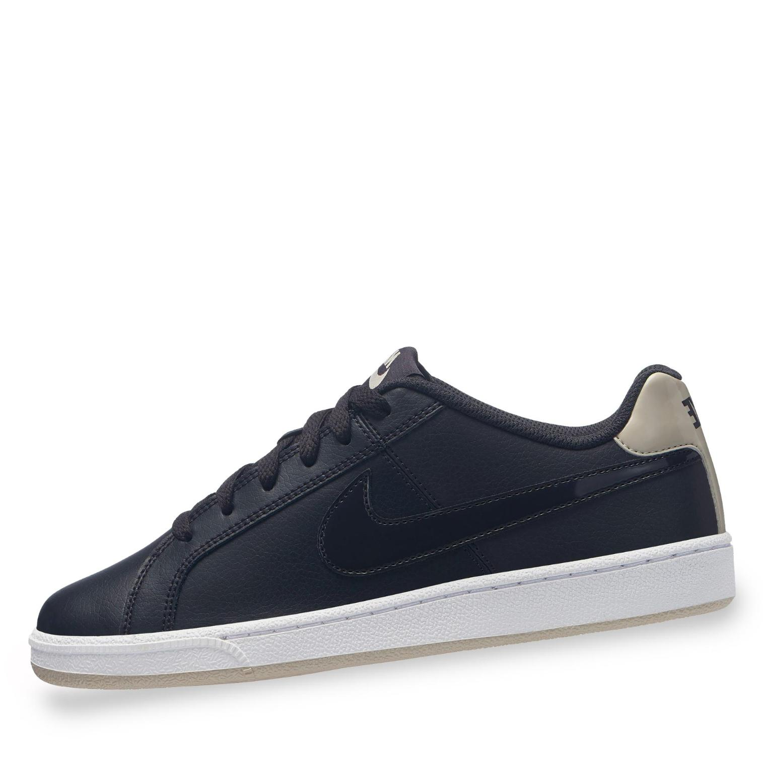 Nike Court Royale Sneaker