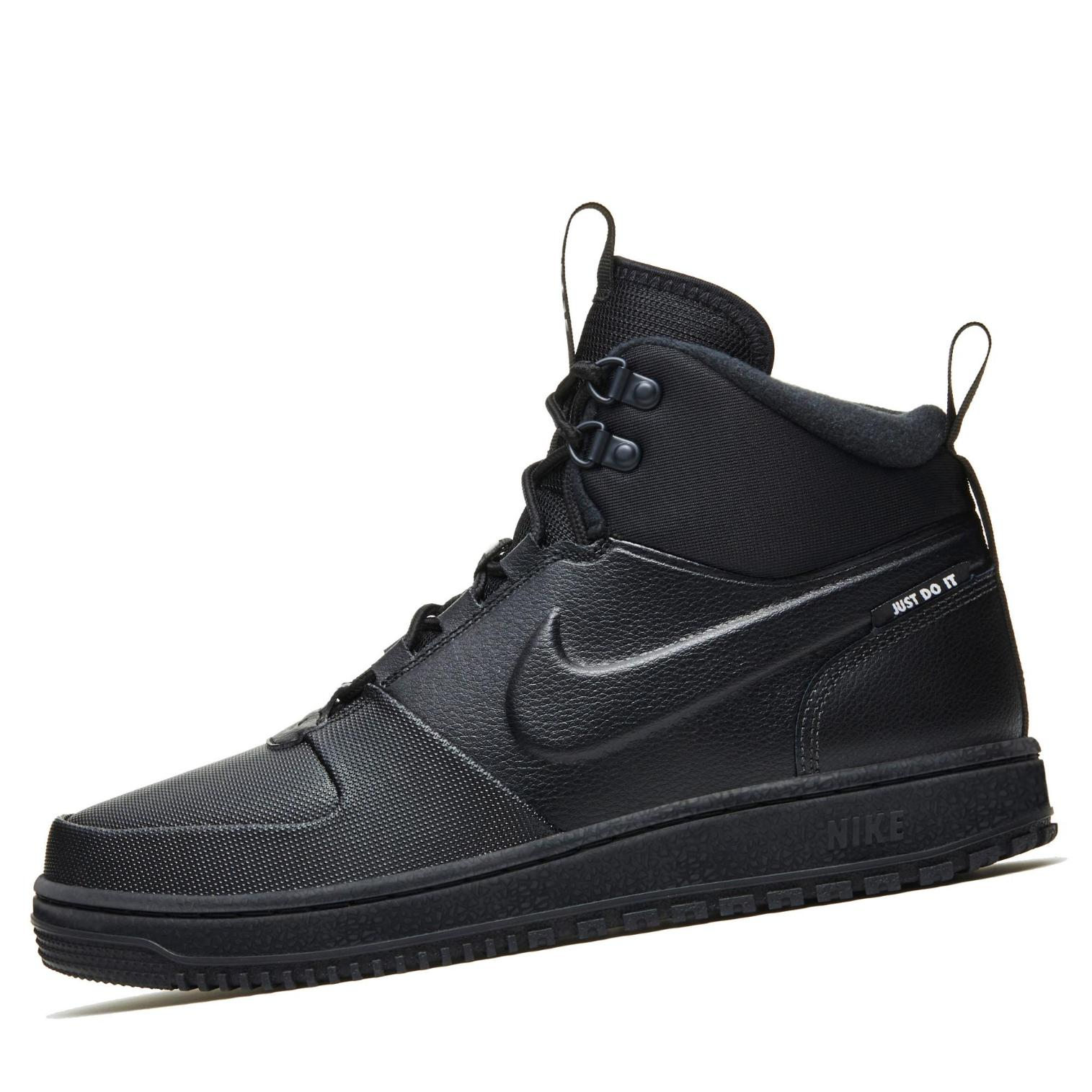 Nike Path WNTR Sneakerboots